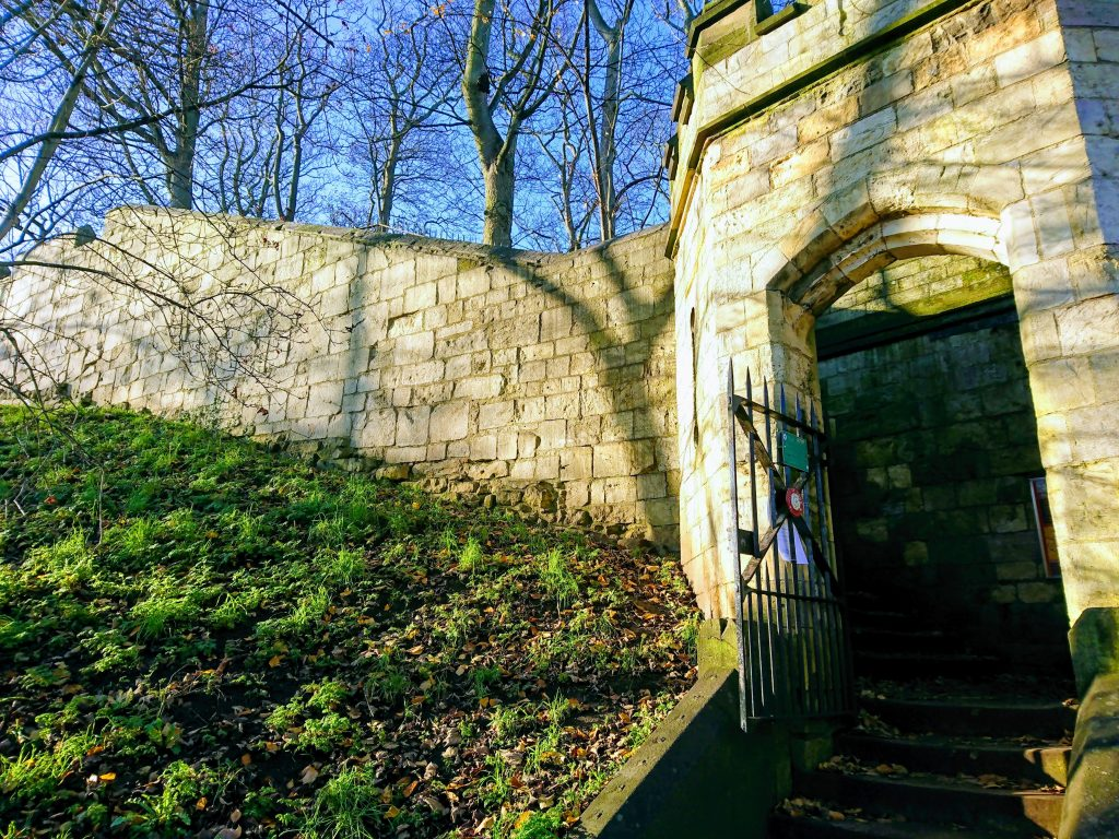 Entrance to City Walls at Baile Hill
