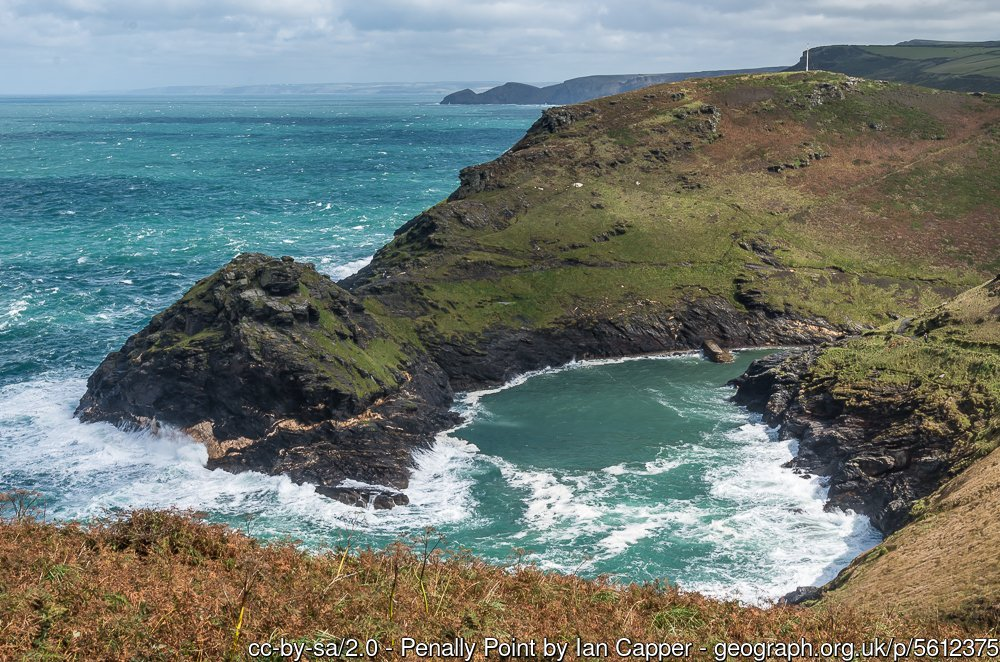 Boscastle Harbour from Willapark