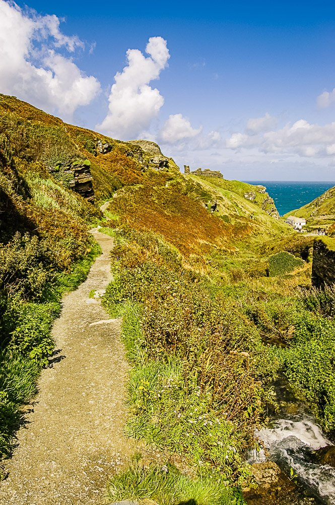 Cliff path to Tintagel Castle