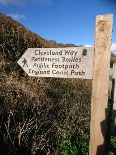 Cleveland Way signpost to Kettleness