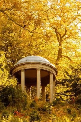 Studley Royal Water Garden - Temple of Fame