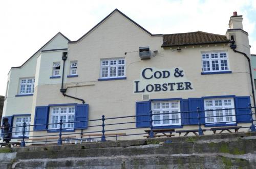Cod and Lobster, Staithes